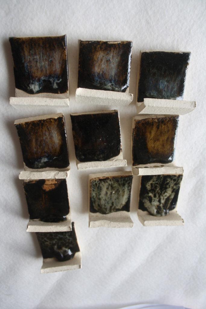 cendre lavande sur tenmoku avec kaolin et silice